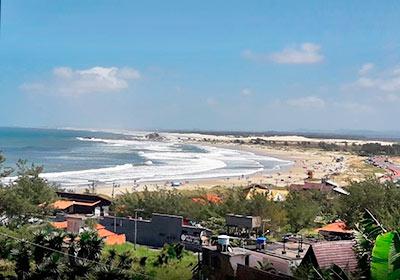 Praia do Cardoso - Farol de Santa Marta